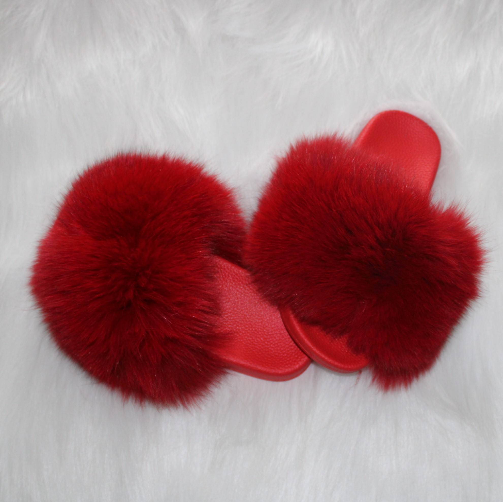 2019 red sole with matching red fur fox fur slides big and full fur