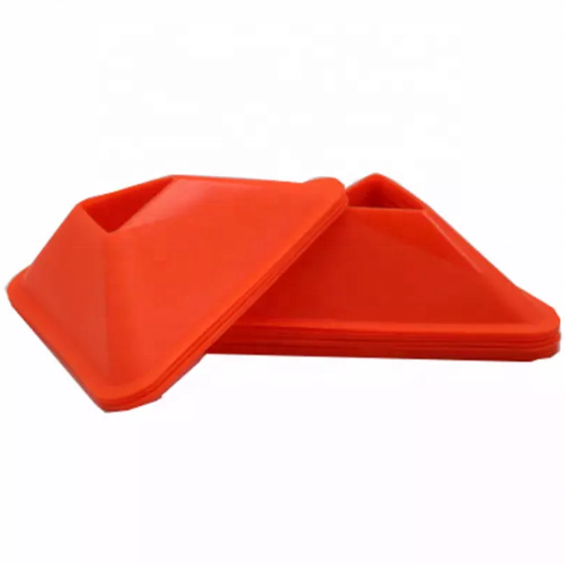 LXY-004 New Design Customize PE Triangle Football Training Cones Soccer Marker Cones