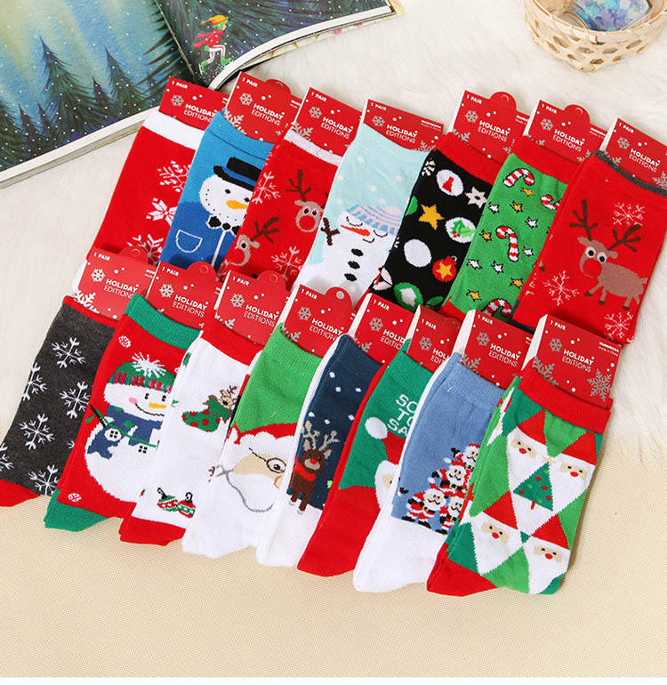 Wholesale Hot Sale Cotton Women Christmas Socks Cheap Cute New Year Red Socks Women