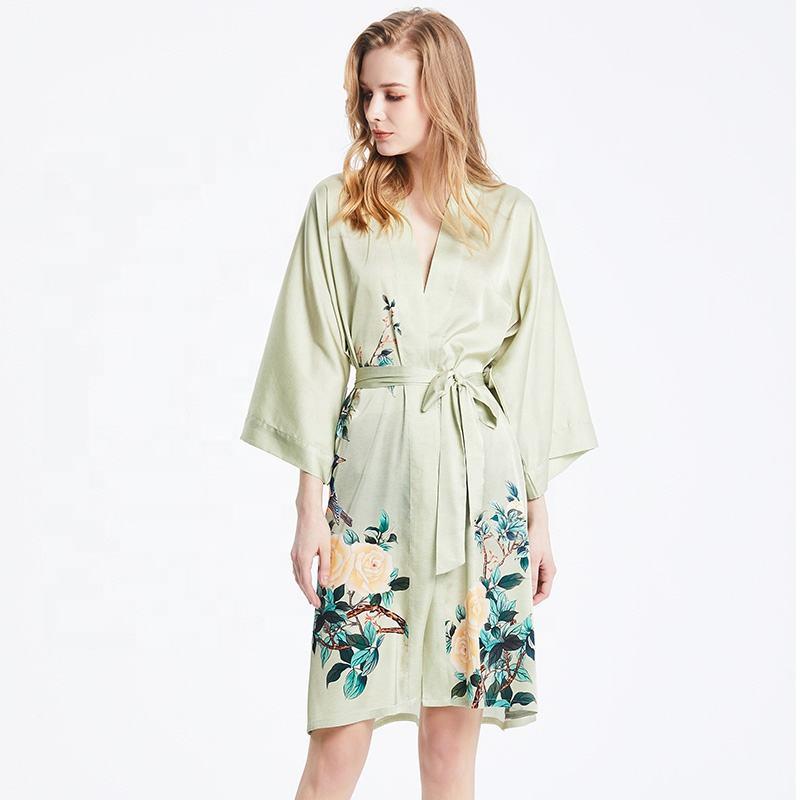 Alta calidad transpirable cómodo camisón de las mujeres pintado a mano largo 100% Kimono de seda amarillo suave Batas