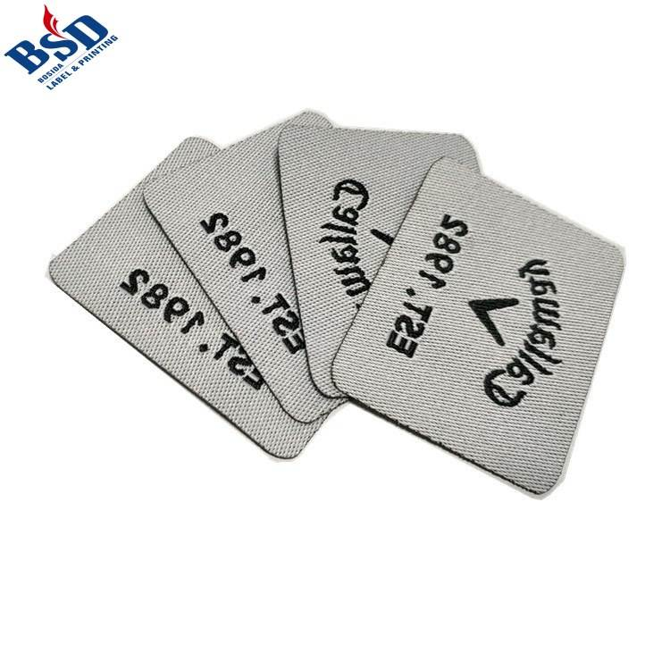 Customized soft hand feel bag logo brand woven label for clothing
