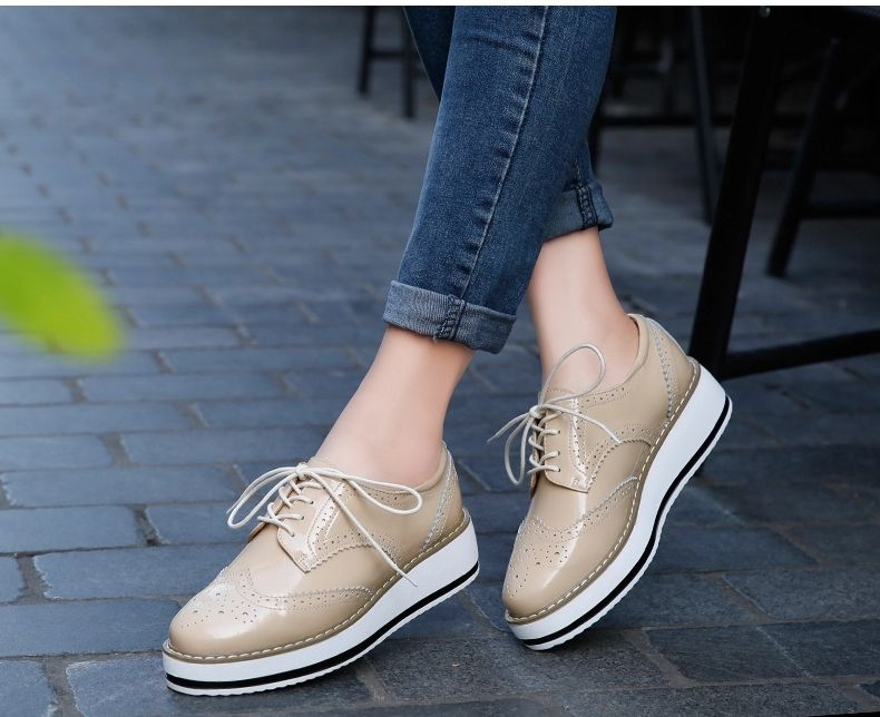 New Genuine Leather Shoes Women Brogues Oxfords Flat Heels Round Toe Handmade Casual Leisure Women Shoes