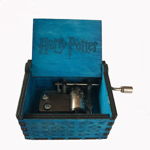 Mini hand crank mechanism harry potter wooden music box for kids
