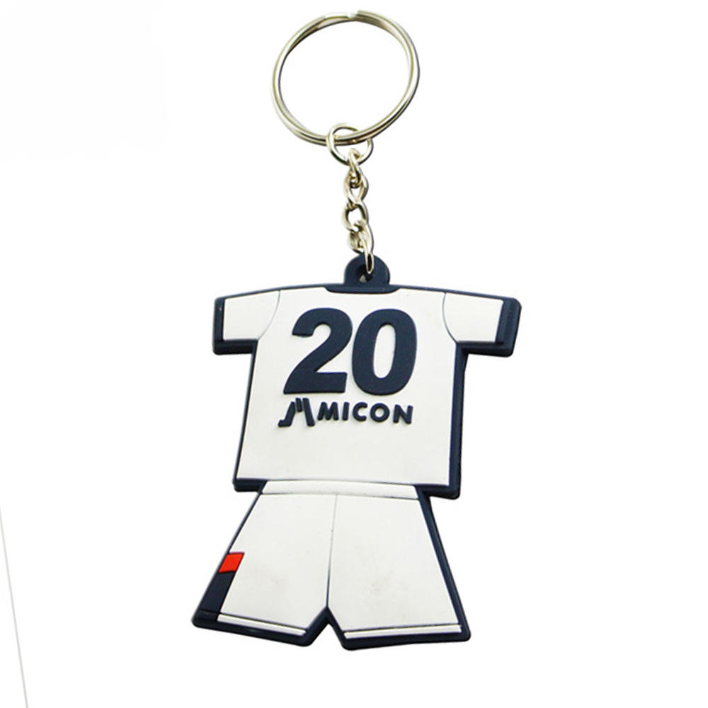 Wholesale fashion pvc rubber football teams shirt keychains for team