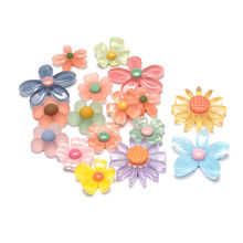 Manufacturer Source Resin five petals, crystal flower resin accessories, mobile phone beauty DIY materials