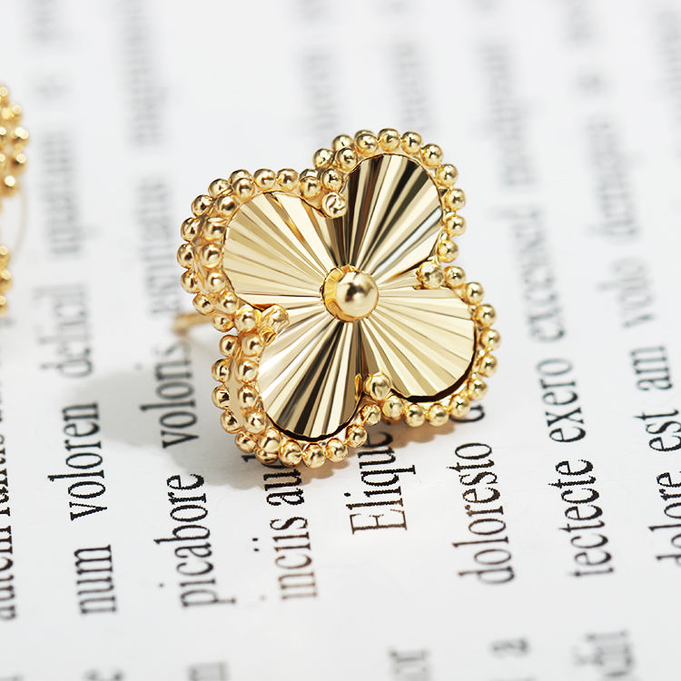 Stud Earrings Gold Jewelry Gift Earrings Best Selling Earrings Gold Stud Earrings Gift Women Wearing Jewelry Four-leaf Clover Stud Earrings