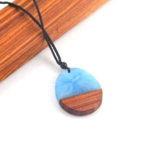 Fashion Charm Resin Wood Pendant Rope Chain Handmade Sandalwood of the Ocean Style Epoxy Resin Jewelry
