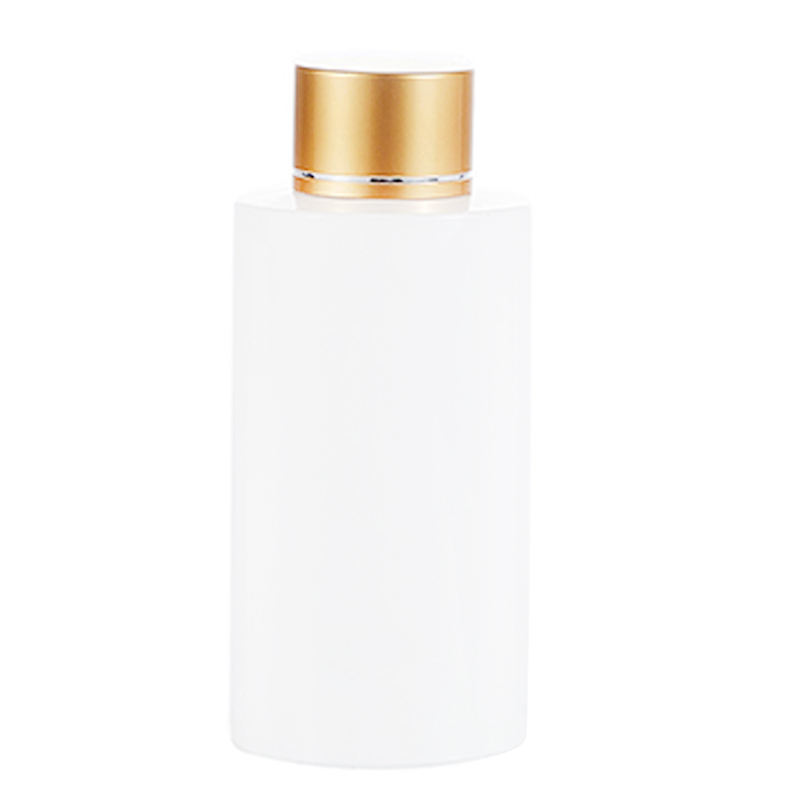 50ml 100ml 120ml 500ml empty white cylinder plastic PET toner bottles with gold cap in bulk for skin care