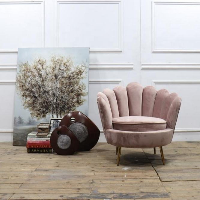 simple design scallop chair pink color velvet finger chair