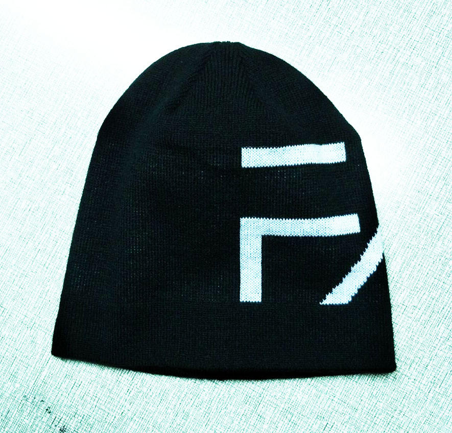 Light weight custom logo black slouch beanie for summer