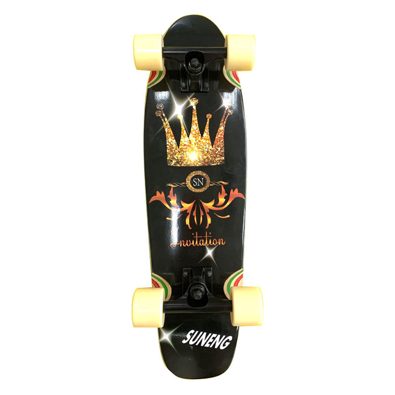 Hot Selling Complete Wooden Fish Shape Cruiser Skateboard With Gravit Casting Trucks And PU Wheels