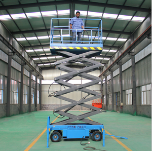 Safety assured trailed type Mobile hydraulic scissor lift scaffolding for painting