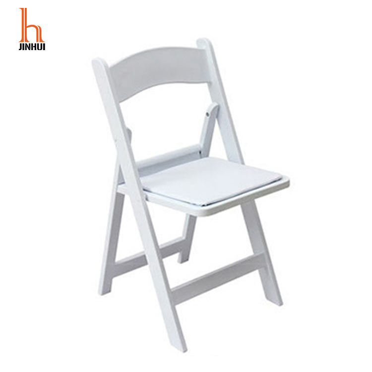 High Quality Modern Cheap Capacity White Resin Folding Plastic Wedding Event Chair With White Vinyl Padded Seat