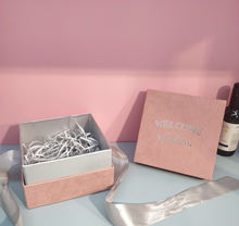 Pink And Rose Gold Foil Stamping Custom Logo Cardboard Scarf Dress Cosmetic Flip Top Ribbon Gift Box
