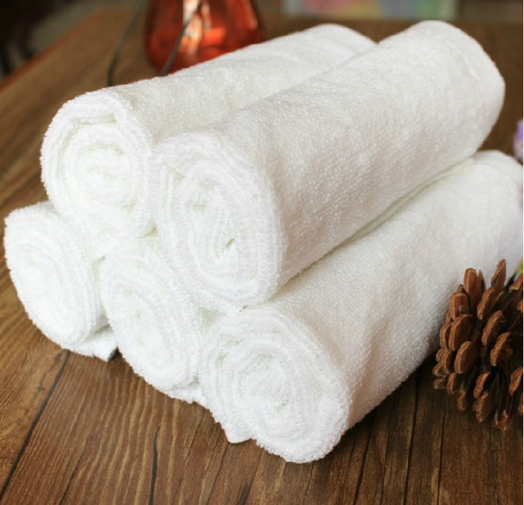 Wholesale High Quality 100% Cotton White Hotel Luxury Personal Embroidered Bath Face Towels