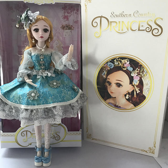Best selling high class fashion girl doll in handmade dress fine details vinyl texture girl toy