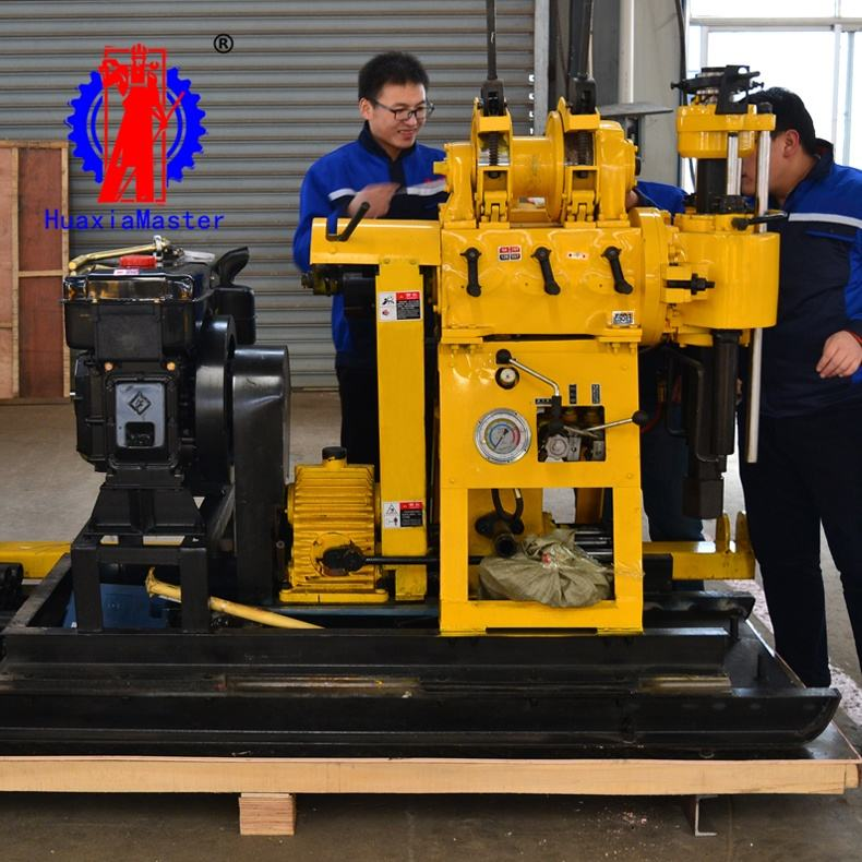 HZ-200YY Mobile Diesel engine rock core drilling machine / hydraulic water well drilling rig save time and effort