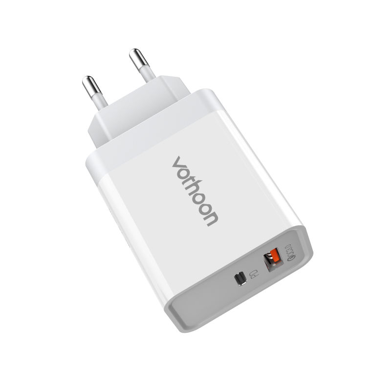 Portable Travel Electric QC3.0 Wall PD USB Type C Fast Charger Quick Charge 3.0 USB Power Charger Adapter Mobile Phone Charger