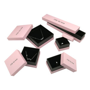 Custom luxury gift paper packaging velvet jewelry box