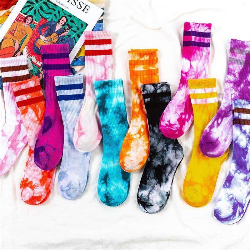 2020 Autumn and winter fashion tube socks couple fashion cotton tie dye socks