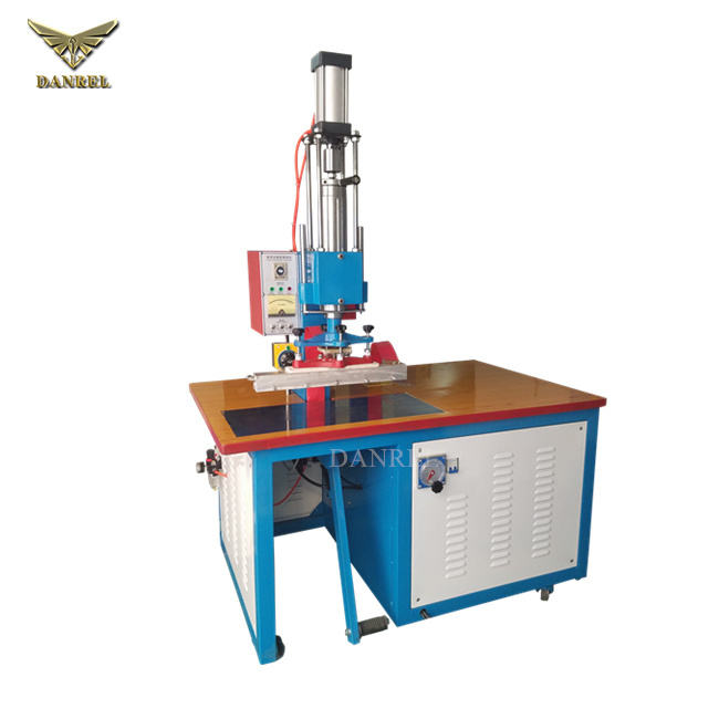 5KW Small Movable High Frequency Welding Machine for PVC Inflatable Accessories