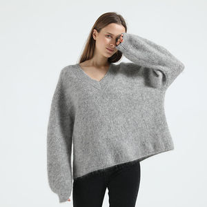 2020 winter popular ladies long sleeve v neck mohair yarn knitted solid pullover sweater
