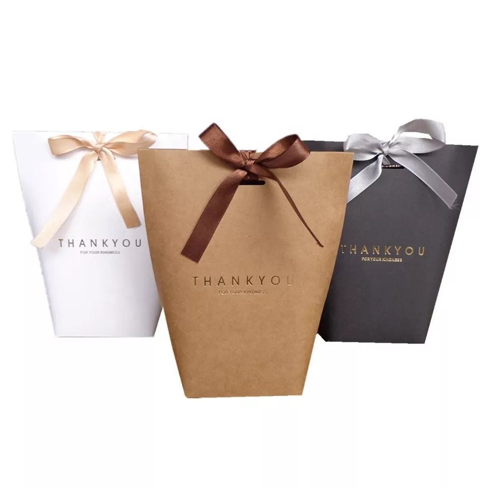 2019 new Small lovely Fancy recycled Printed Gift Packaging Promotional Paper Bag with ribbon bow tie