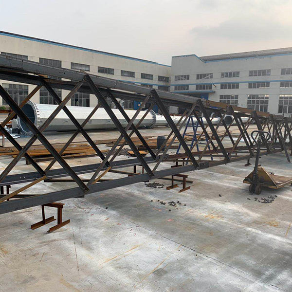 China Factory Price 60m Self Supporting 4-Legged Tubular Steel Tower