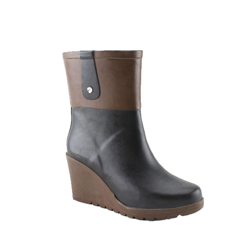 Factory Sale Customize Wedge Heel Rain Boots Women Boots Shoes In China