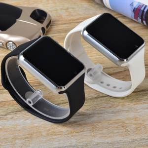 Factory Price A1 Smart Watch Mobile Phone A1 Smartwatch Cheap 1.54 Inch Smart Watch