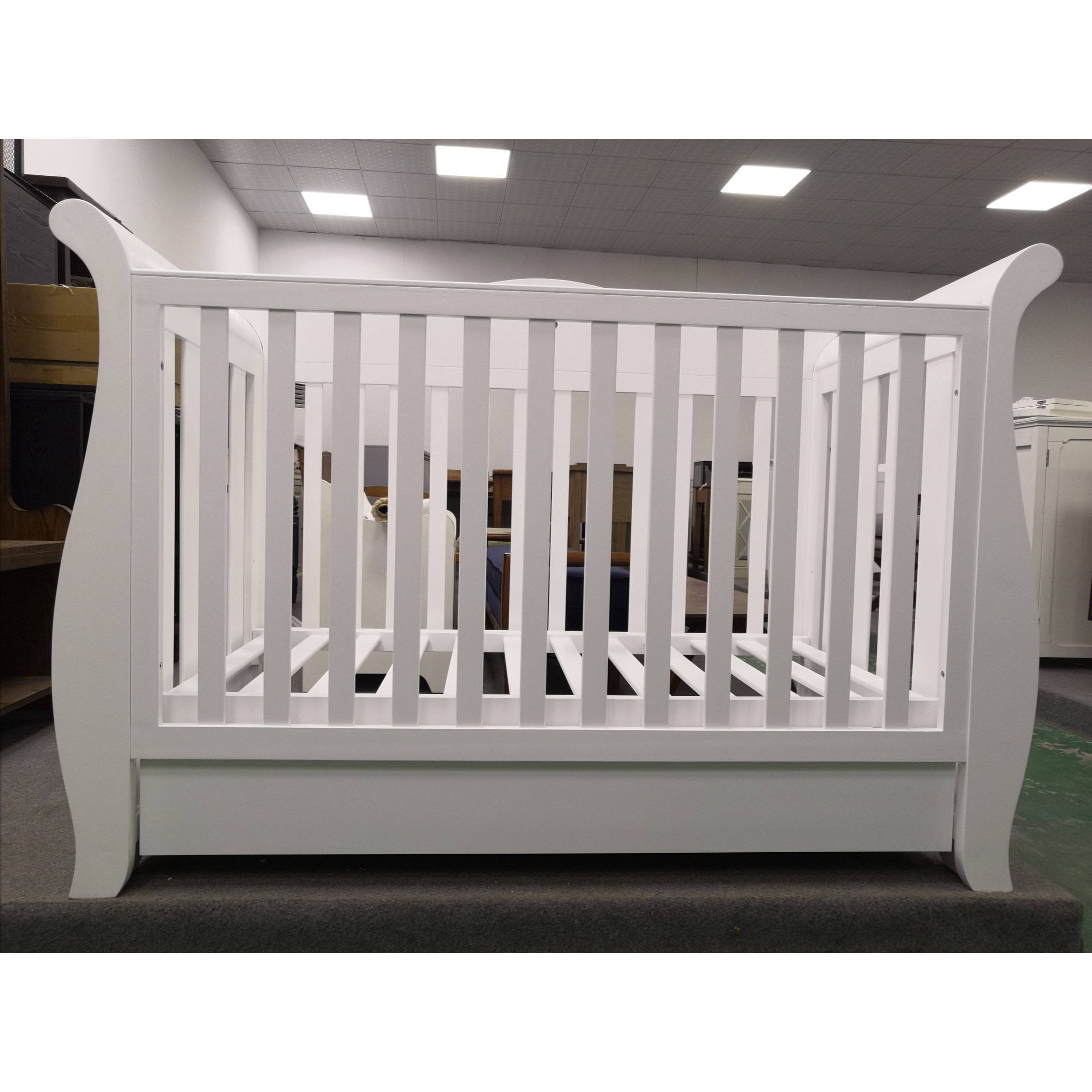 Custom Made Solid Wood Baby Bed Crib Baby Cot Bedroom Furniture