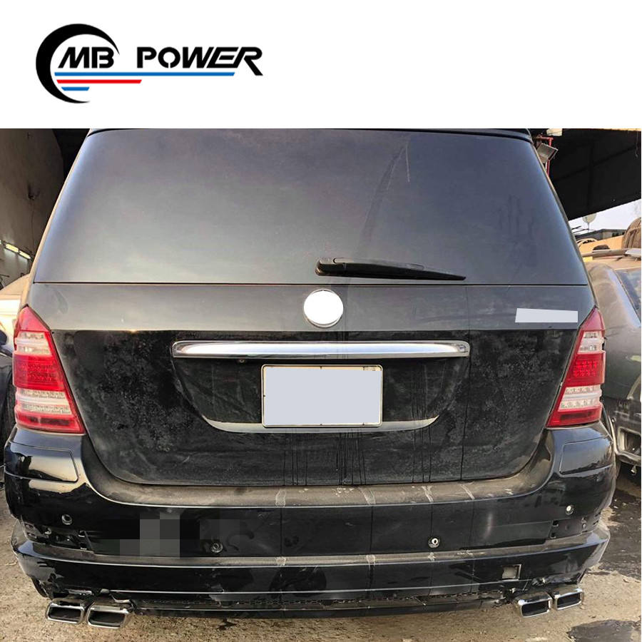 MB GL-CLASS X164 2006-2012 FRONT BUMPER HEADLAMP WASHER COVER RIGHT O//S