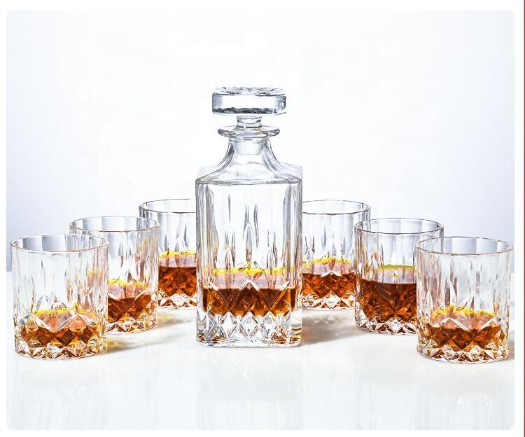 Pabrik Kustom Berlian Bening 750Ml Set Kaca Whiskey Decanter dengan Kaca Wiski