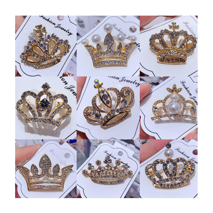 Gold Plated Suits Shirt Luxury Crystal Pearl Crown Brooch Pin Rhinestone Crown Brooch for Clothes Accessories