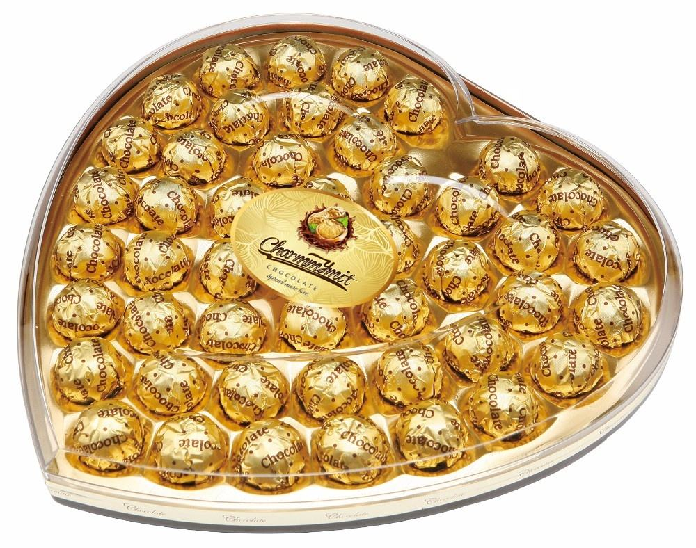 Large golden gift box snack compound milk chocolate wafer ball coating nuts centered filled with chocolate liquor OEM