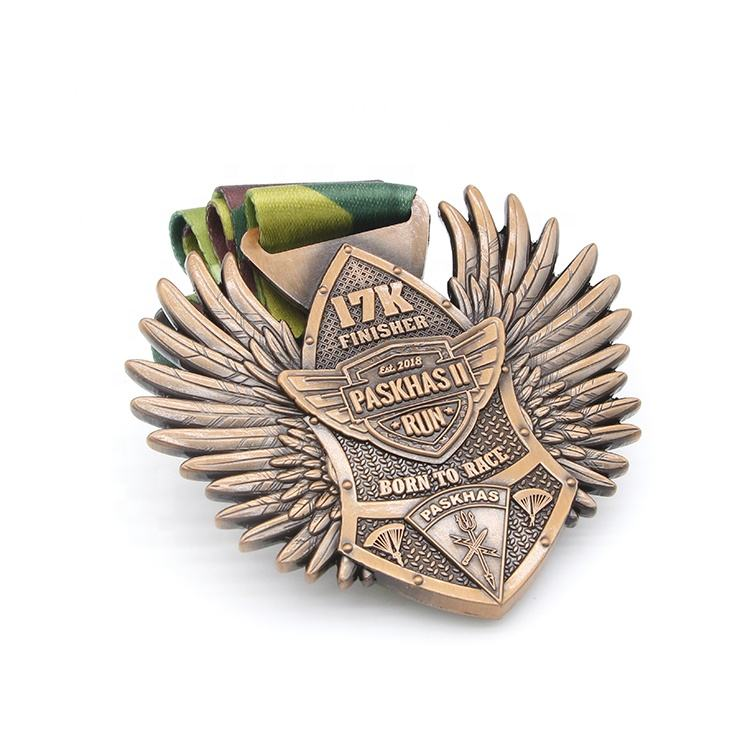 WTD 8 Years Medal Factory Promotion Cheap Award Souvenir Custom Metal Wing Shaped Medal