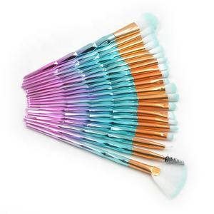 High Quality Plastic Handle Cosmetics Brushes Set Professional 20Pcs Makeup Brush Kit For Face