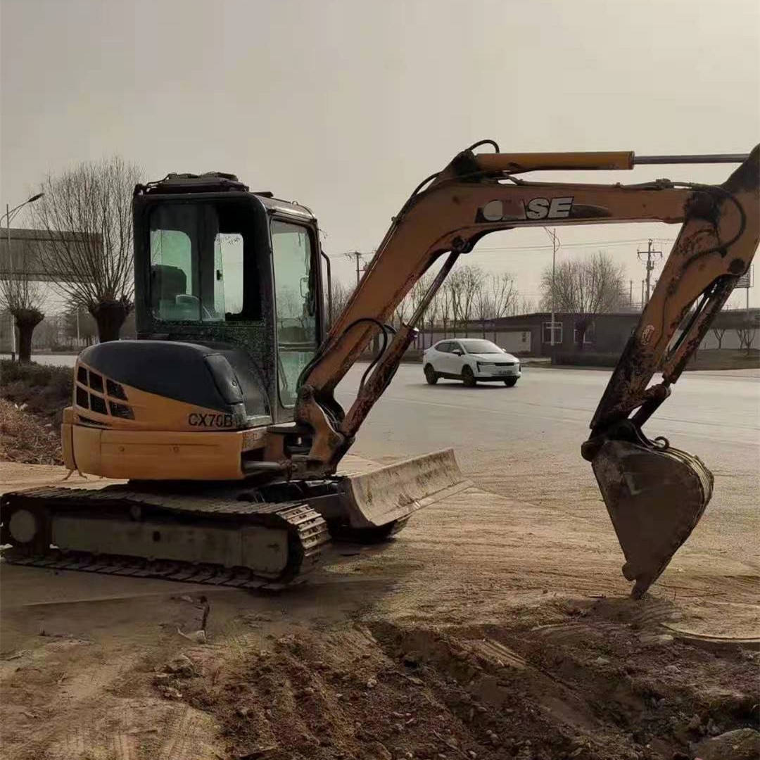 Cheap and Well maintained Second hand CAS E crawler used mini excavator mini digger