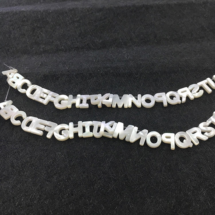SP4195 Fashion Initial Jewelry Supplies Cabochons White Mother of Pearl Shell 26 Alphabet Letter Initial Charm Beads