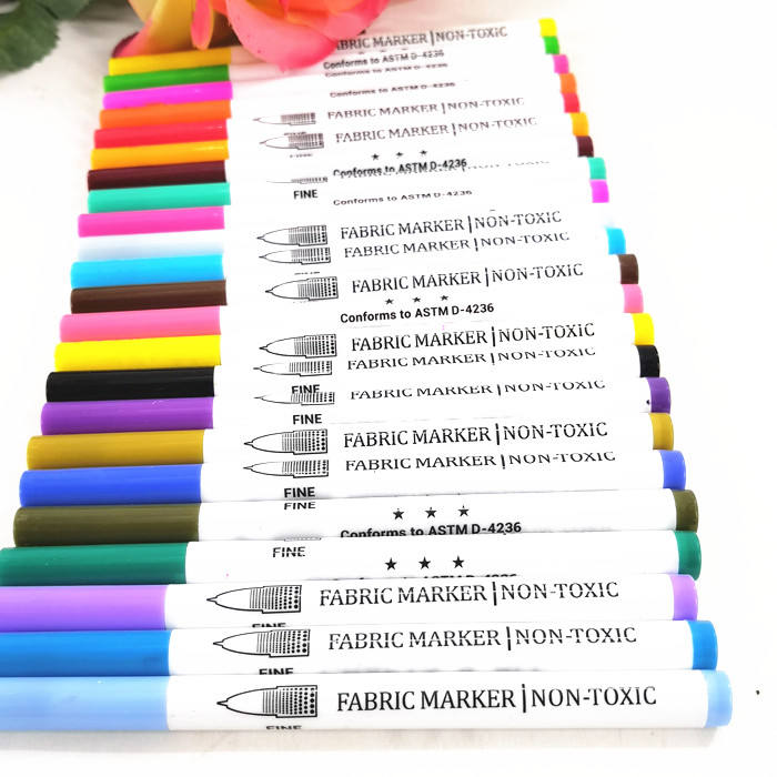 Fabric Markers Pen Set Permanent Ink Colors Art Marker for Fabric Painting Writing on Cloth Bags Shirts Shoes