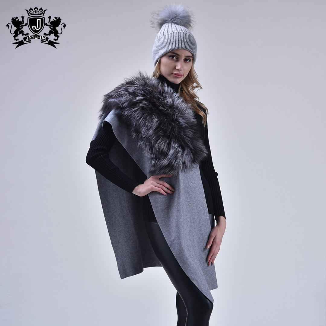 Winter Warm Cashmere Scarf Knitted Wool Scarf with Fur Fox Fur Collar Cashmere scarf capes