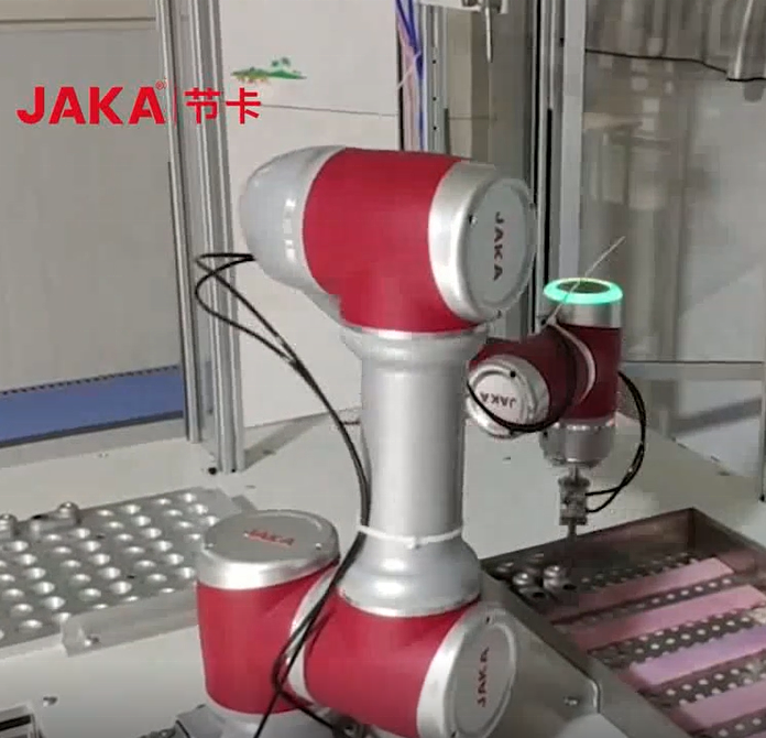 Automation 6 Axis Industrial Robot Arm Dispensing Robot Application In The Battery Industry