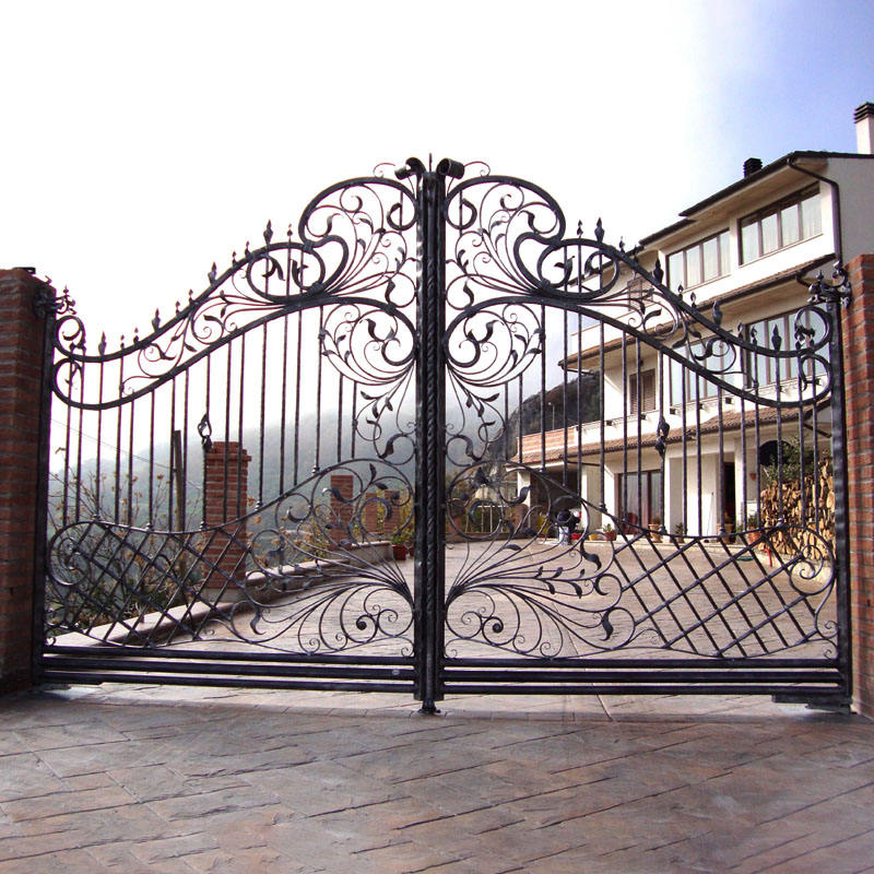 Foshan Factory Price Decorative French Wrought Iron Driveway Gates