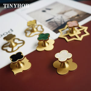 Brass+Resin Knob and Handle Minimalist Clover Shaped Drawer Pulls Knob Simple Furniture Cabinet Knob C-2684