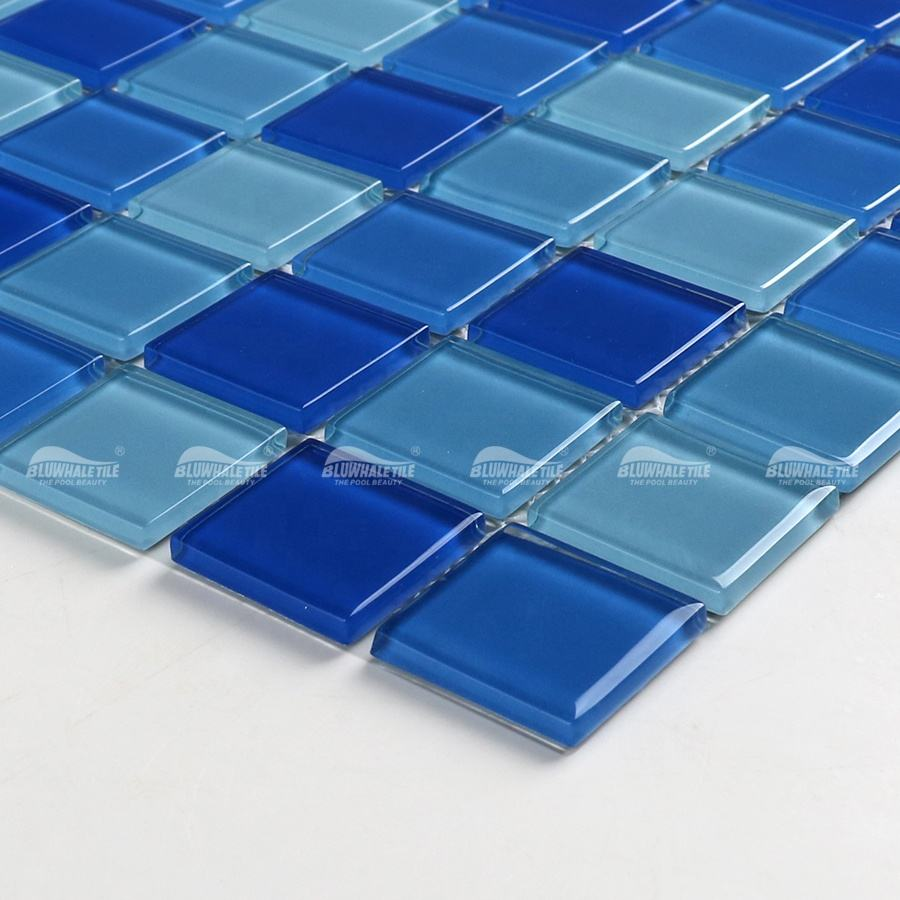 Wholesale Factory Price 25X25mm Blue Hue Glossy Surface Mosaic Foshan Glass Tile For Swimming Pool Projects