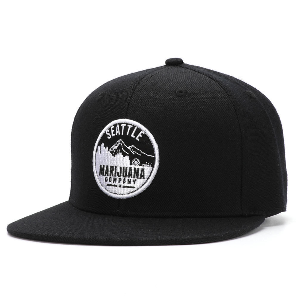 2019 Custom Made 6 Panels Wool Wide Flat Brim Embroidered Patch Black Cap Snapback Hats With White Closure