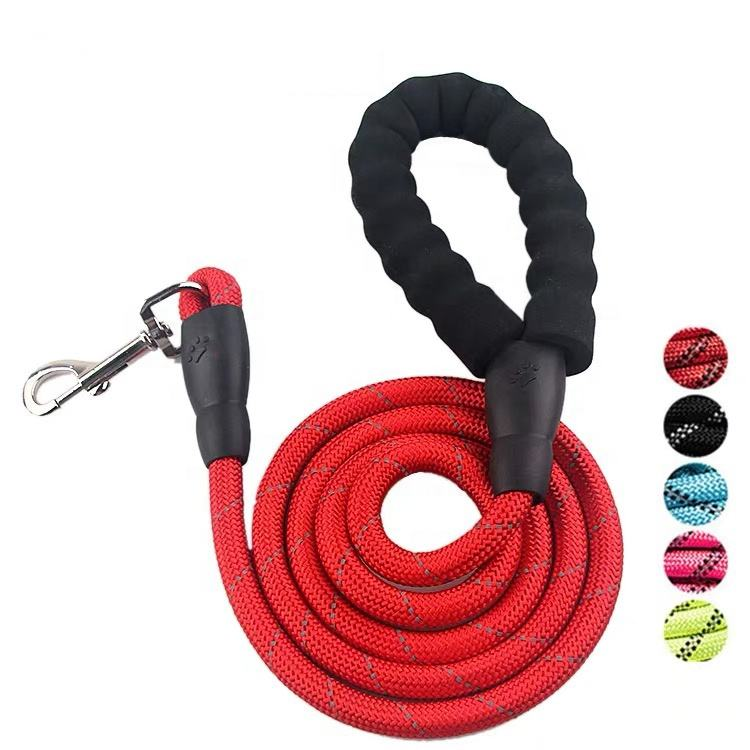 heavy duty nylon rope dog Leash with comfortable padded handle and highly reflective threads for medium and large Dogs