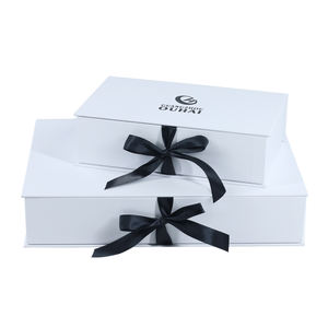 Luxury White Box With Black Logo Paper Box Custom Logo Foil Women Dress Clothes Gift Packaging Box