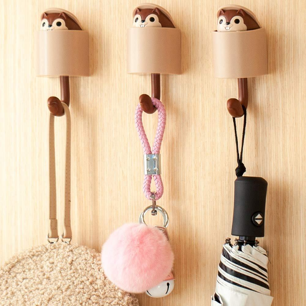 Wholesale Cute Squirrel Plastic Decoration Hanger Wall Hook Self Adhesive Hook for Children's Room