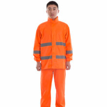 KM customized excellent quality working clothes for safety and dustproof working place